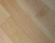 Solid Maple Natural Prime 3/4″ x 5″