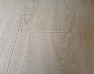 Laminate 12.3mm White Washed Oak Sale $1.99